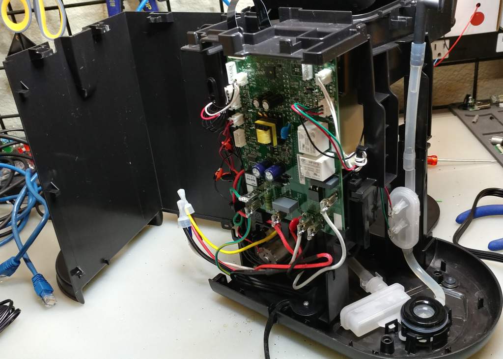Teardown of Keurig k-cafe complete